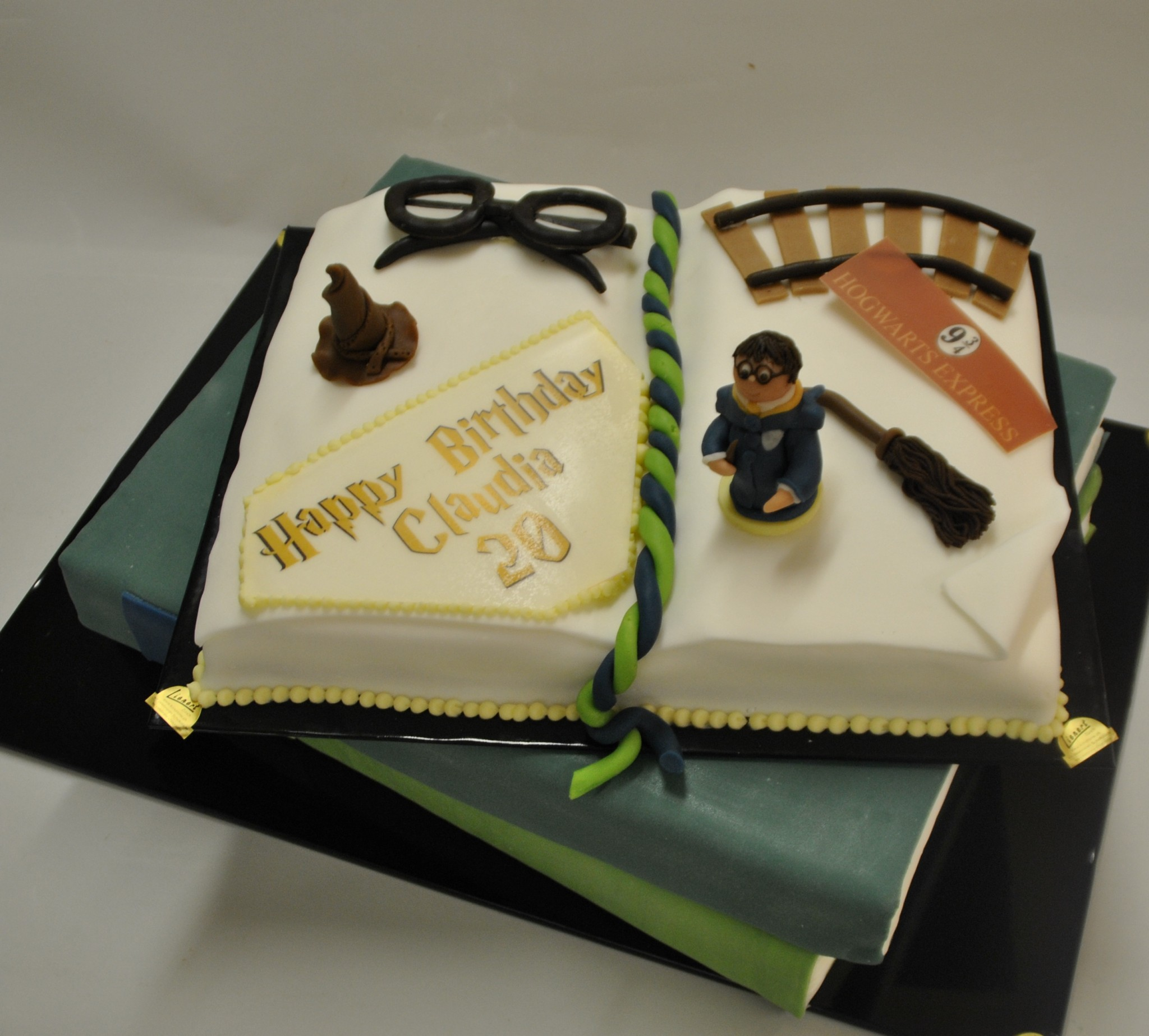 Torte Harry Potter 1 Foodevents Ch